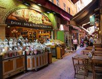 Street scene of an outdoor market in Nice, France