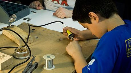 6 Strategies for Funding a Makerspace | Edutopia
