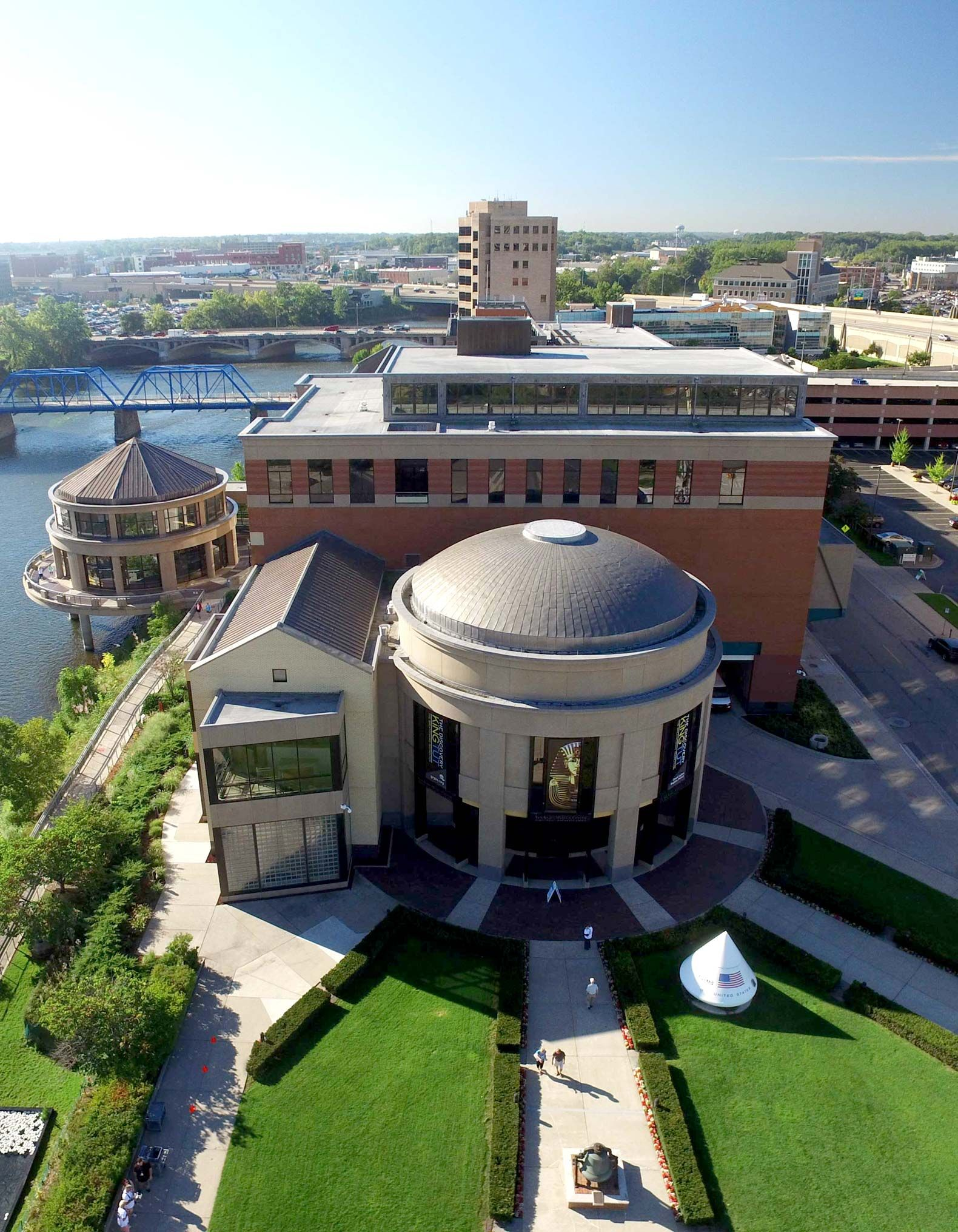 At the Grand Rapids Public Museum School, students use the museum's exhibits—and the city of Grand Rapids—as their campus.