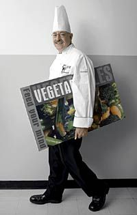 Going Greens  Chef Jorge, executive chef of SchoolFood